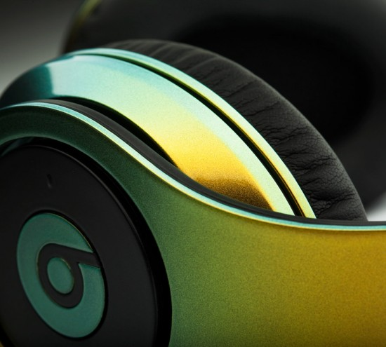 Image colorware illusion beats dre 2 550x495 ColorWare Collection Illusion Beats by Dre