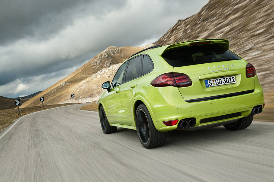 Porsche Cayenne GTS 2013
