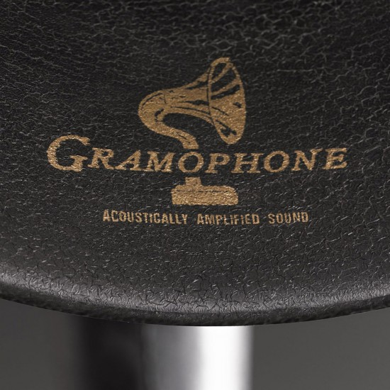 Image iphone ipad gramophone 3 550x550   Restoration Hardware Gramophone